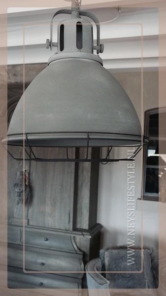 Hanglamp industrieel   grijs
