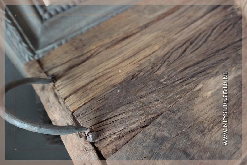 Oude houten tray/dienblad M