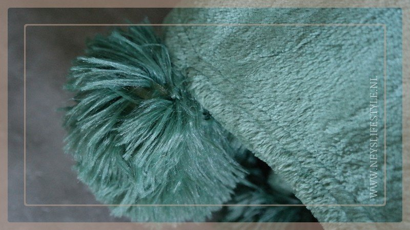 Plaid fleece pom pom | groen