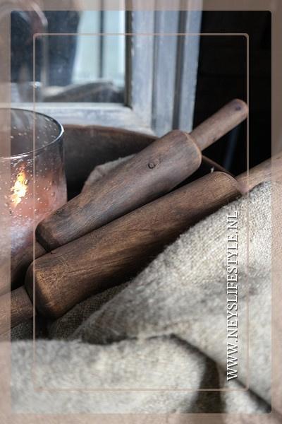 Oude houten deegroller