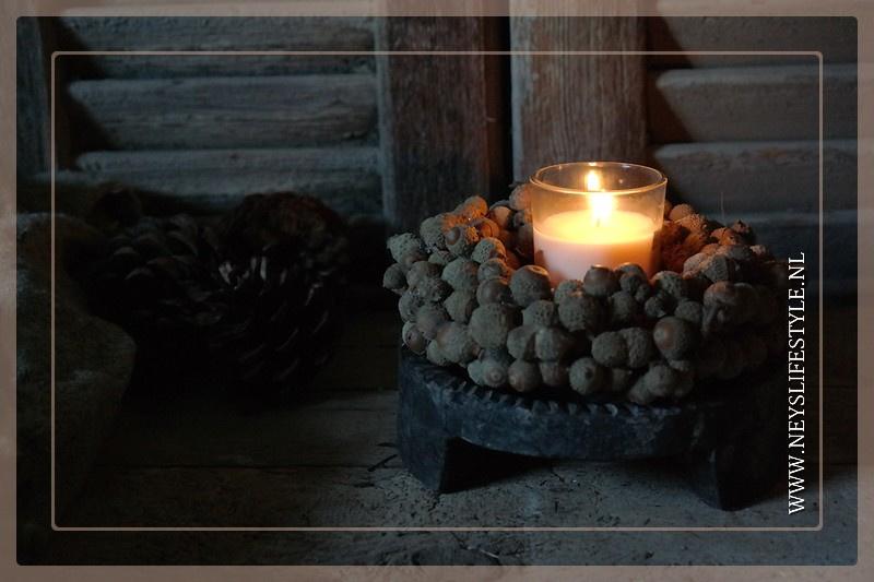 Krans candle   acorn