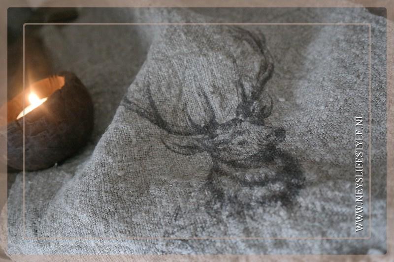 Linnen doek shabby met hertenkop