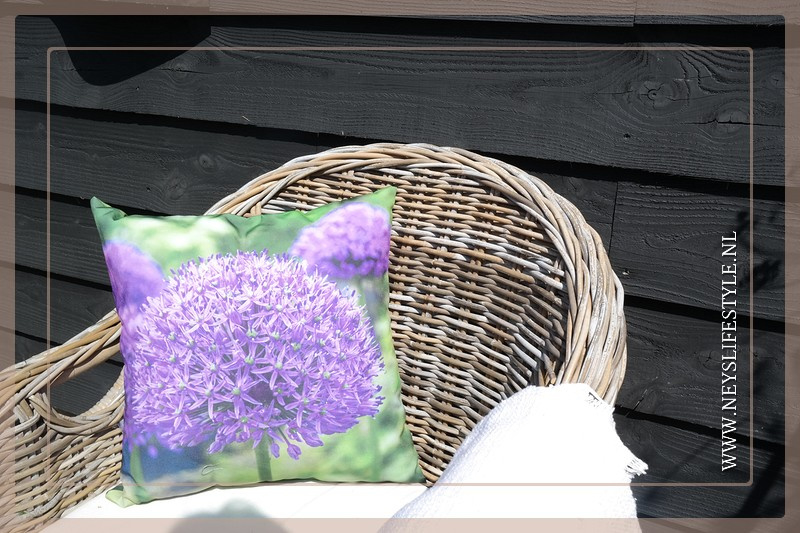 Buitenkussen bloem Allium | 40 x 40 cm