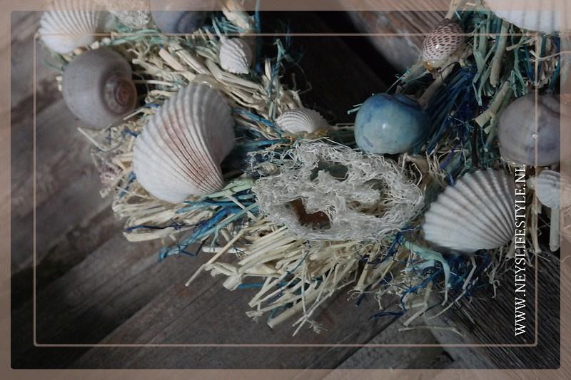 Krans Schelpen Bali blue | 26 cm