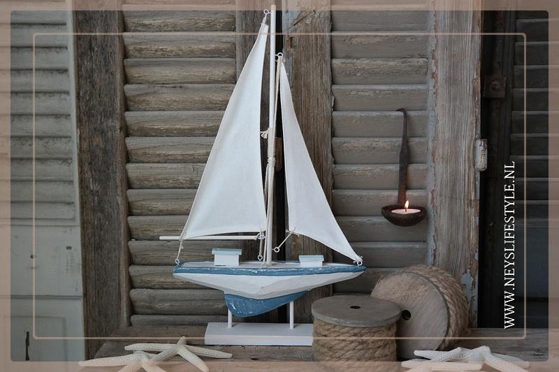 Zeilboot blauw/wit