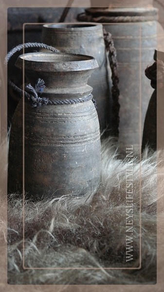 Nepalese pot | S