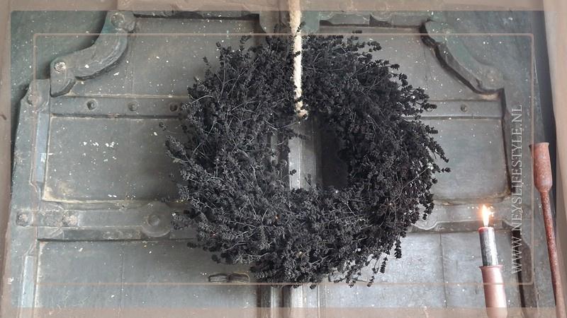 Krans gedroogd 45 cm   black