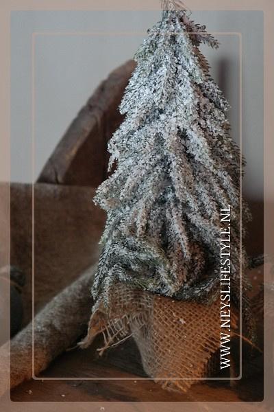 Kerstboom snow jute   27 cm