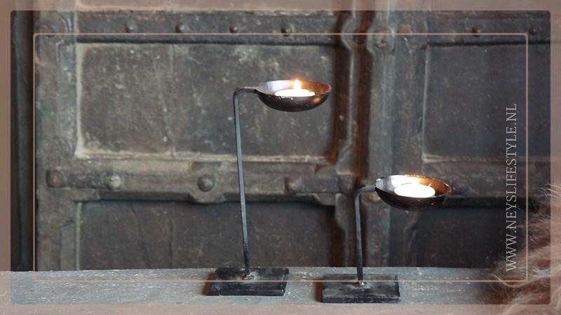 Waxinelichthouder op standaard | S