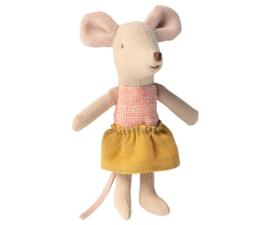 Maileg muis kleine zus in een doosje