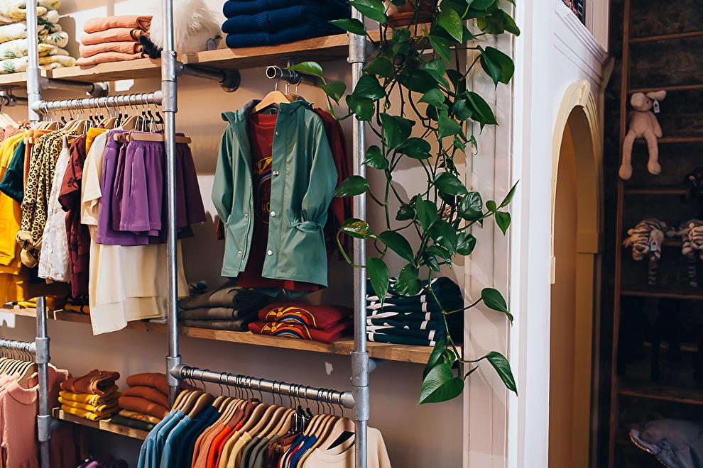 Kinderwinkel_kind_zo_blij_Dordrecht_babykleding