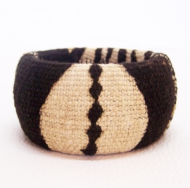 COWRY armband #2 african chic van bogolan mud cloth