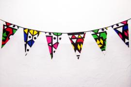 Afrikaanse vlaggenlijn SAMAKAKA multi color | slinger met vlaggetjes van Wax Print stof  | 5 meter