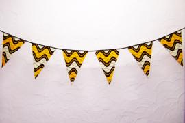 Afrikaanse vlaggenlijn JOIA | slinger met vlaggetjes van African Wax Print stof  | 4 meter