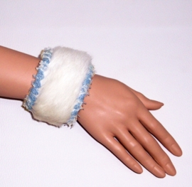 ZAKIYA leren bohemian armband koeienhuid off white - jeans size M
