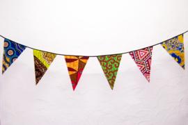 Afrikaanse vlaggenlijn PARTY | slinger met vlaggetjes van African Wax Print stof  | 5 meter