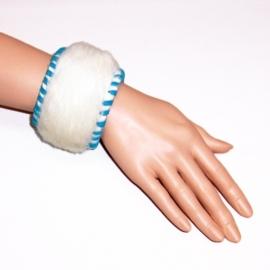 AKUA leren bohemian armband koeienhuid natural turquoise size M