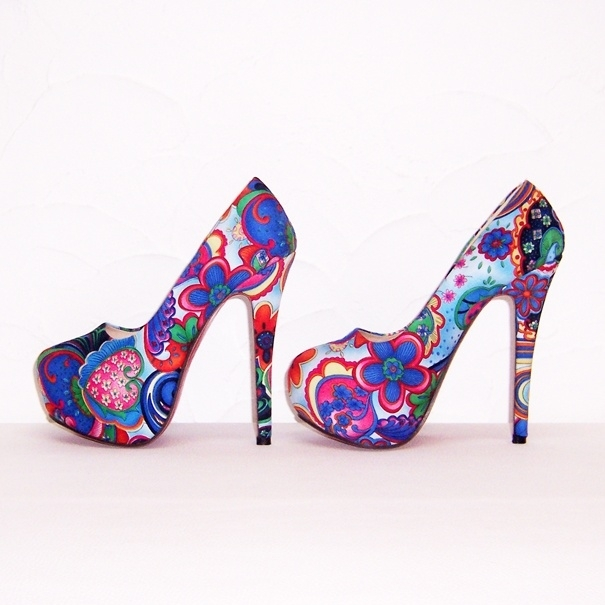 FLOWER POWER pumps maat 37 blauw (#1) bloemenprint