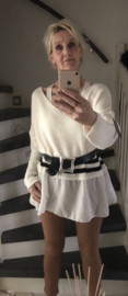 Trui /crème met blouse rand