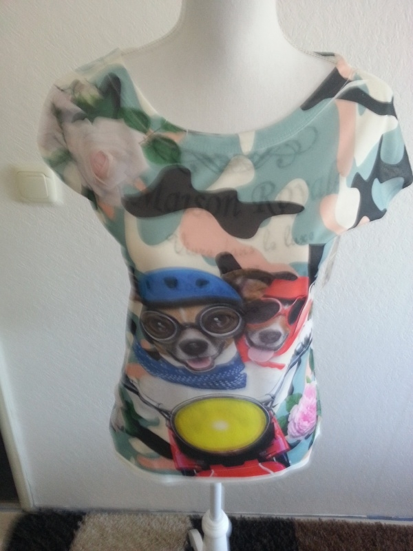 T-shirt met twee hondjes