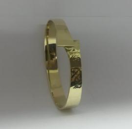 Armband van oude gouden sieraden