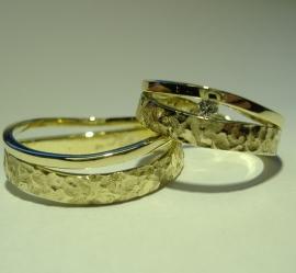 Ringen geel en witgoud met Diamant