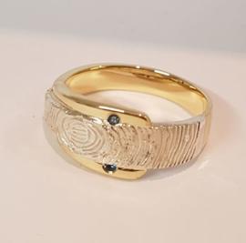 Gouden ring met vingerprint