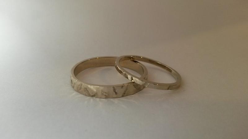 Witgouden smalle ringen