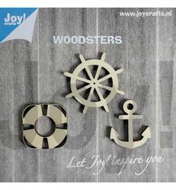 houten figuren: anker, reddingsboei en stuurwiel