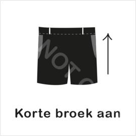 ZW/W - Korte broek aan