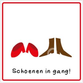 Schoenen in de gang!  (HR)