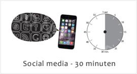 Social media 30 TV S