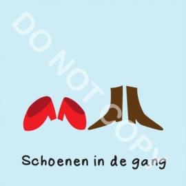 Schoenen in de gang (M)
