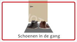 Schoenen in de gang (HR) T/V
