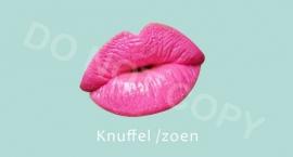 Knuffel / Zoen - M
