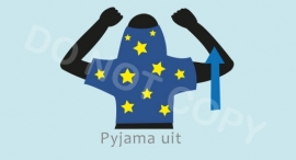 Pyjama uit - J