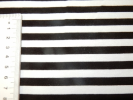 Viscosetricot streep zwart wit
