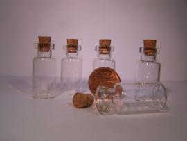 GFK-26 Glazen flesje met brede hals (3,5x1,6cm)