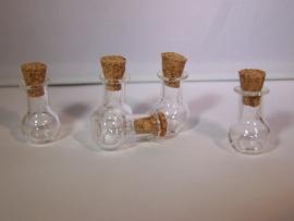 GFV-04 Bolle fles, afgeplatte bodem (2x1,4cm)