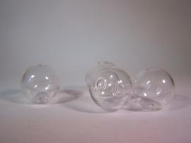 Glazen kraal met twee gaatjes 16mm