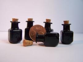 GFV-01zw Vierkante, zwarte fles