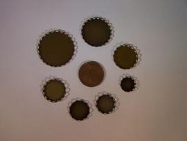 Bronskleurig rond met geschulpte rand (CHRBGs)