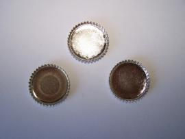 Zilverkleurig rond met getande rand (CHRZT)