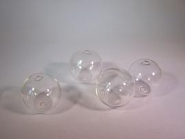 Glazen kraal met twee gaatjes 20mm