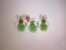 GFV-09gr Groen, bloemvormig flesje