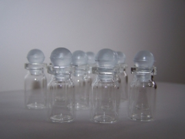 GFS-03 Mini stopflesje smal (2,6x1,2cm)