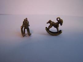 Hobbelpaard klein brons