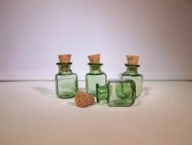 GFV-01gr Groen, vierkant flesje