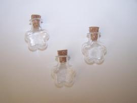 GFV-09 Bloemvormige fles (2,4x2cm)