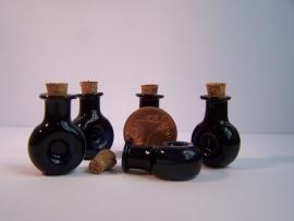 GFV-02zw Zwart 'cognac' fles